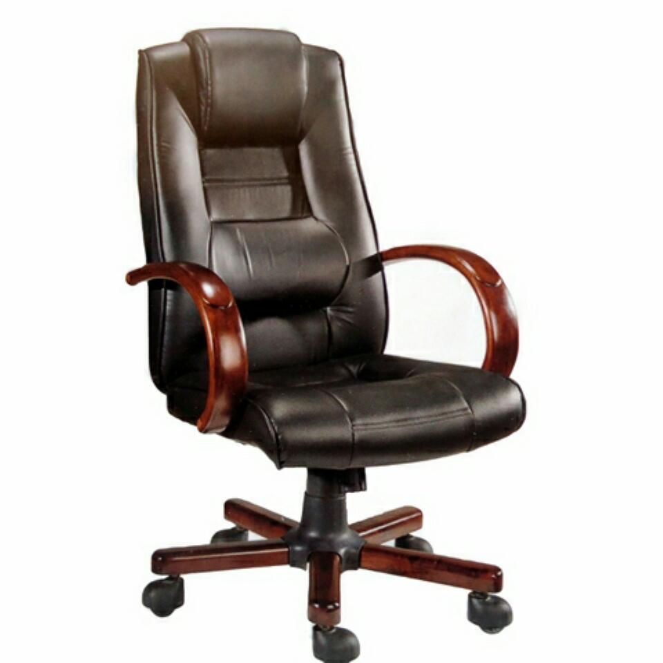 Diplomix Executive Leather Swivel Office Chair Alfim