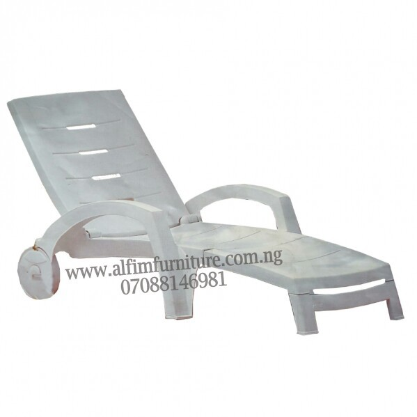 Portable swimming pool relaxing poolside beach chair lounger
